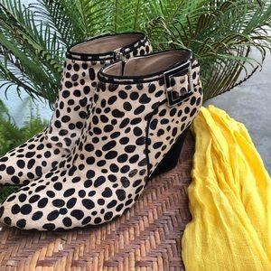 Pre-loved Isaac Mizrahi cheetah print booties